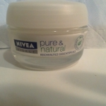 NIVEA Visage Pure & Natural